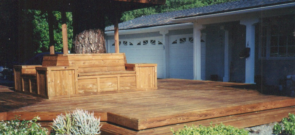 Centerpiece Deck